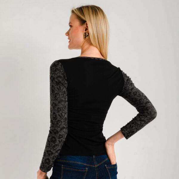 camiseta-mujer-gris-97300-2